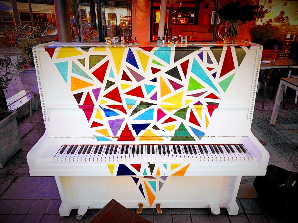 klavier mandra 1
