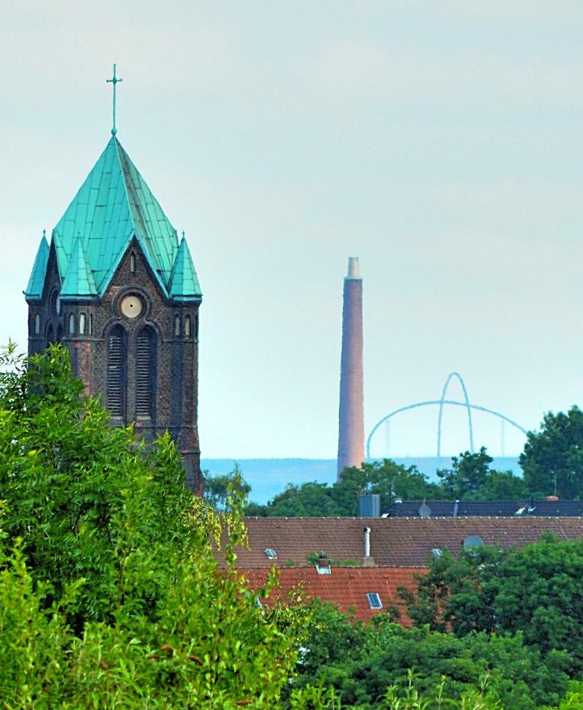 Hamme Kirche mit Halde Hoheward