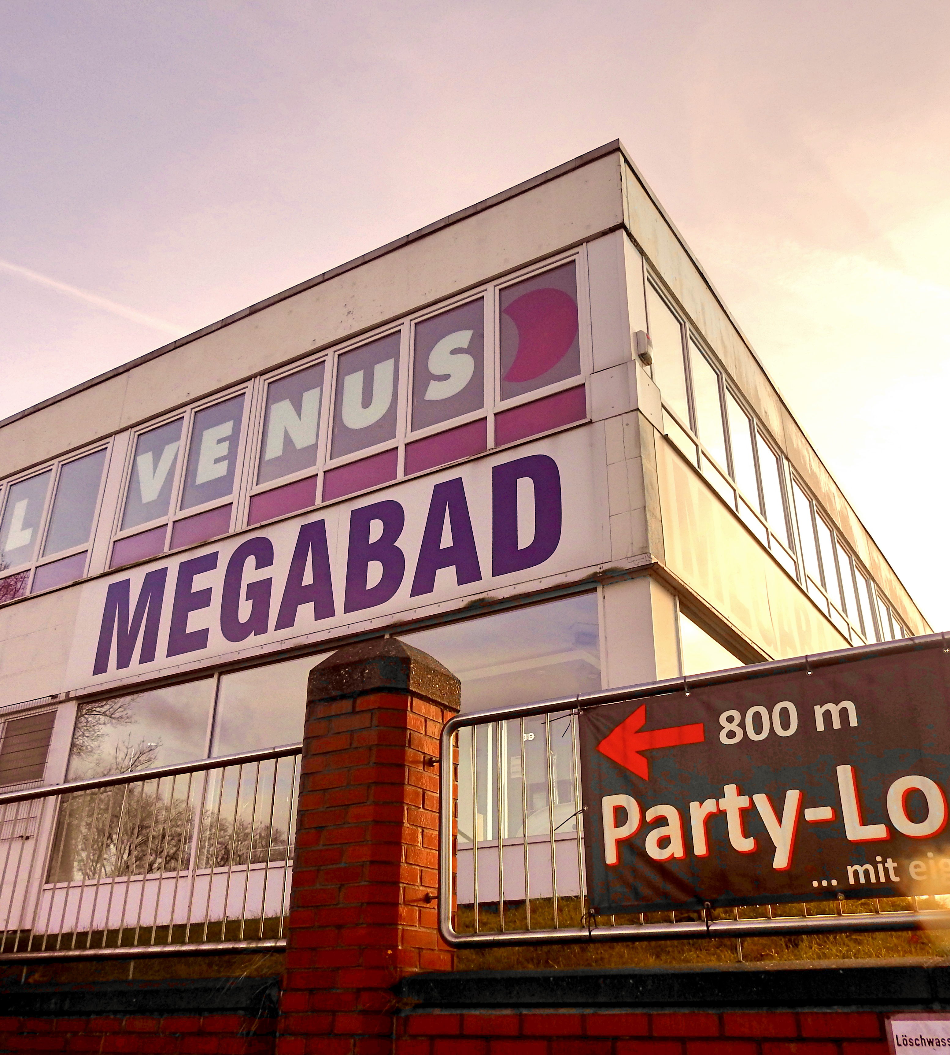 You Know Whos Bad Whos Megabad Bochum Punkt Cool